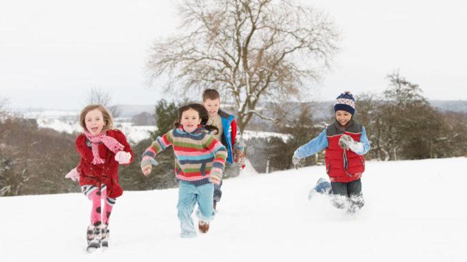 lastenjuhlan järjestämiseen ulkona talvella